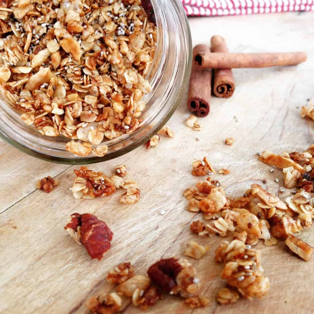 Clean-eating Gingerbread Granola