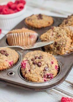 healthy raspberry muffins