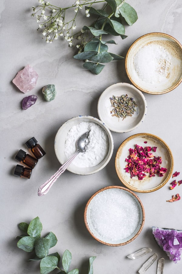 These DIY aromatherapy bath salts are made with epson salt and essential oils to help you relax and relieve stress. You only need 5 ingredients to make these bath salts!