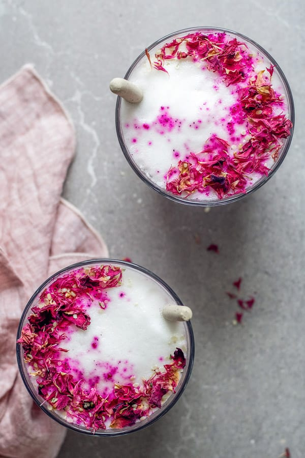 This hibiscus rose latte is made with almond milk and hibiscus tea. It's a cozy drink that is great for Fall and Winter!