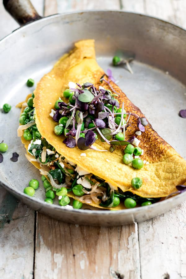 vegan omelette with spring peas is a healthy breakfast recipe