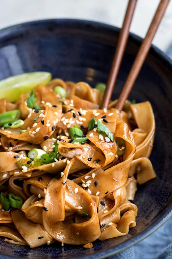 sweet and sour chilli garlic noodles
