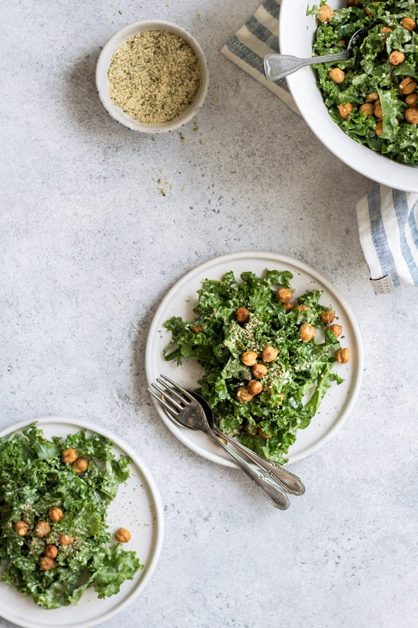 Kale Caesar salad with crispy smoked chickpeas [Vegan+Gluten-free]