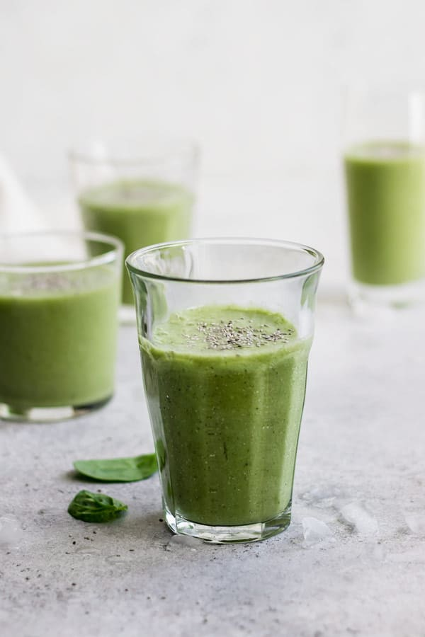 simple green breakfast smoothie