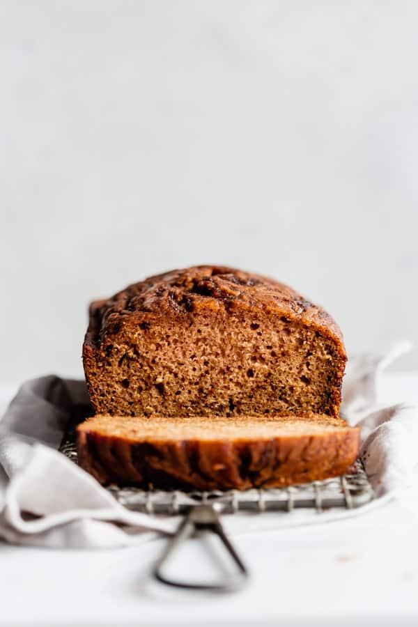 cinnamon roll apple bread