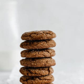 Crispy & chewy ginger molasses cookies