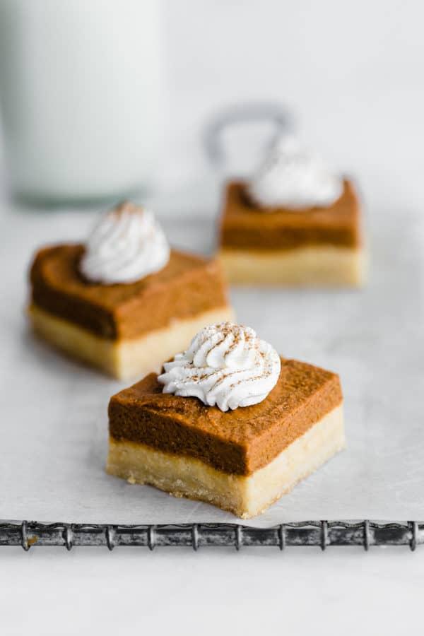 pumpkin pie bars with almond cookie crust