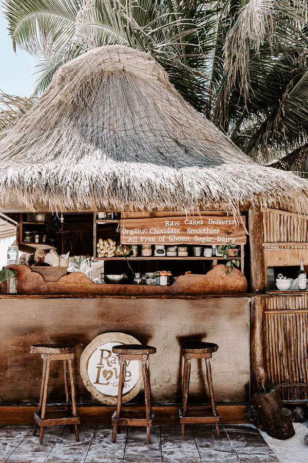 raw love beach bar in tulum