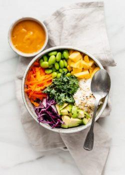 vegan buddha bowl with spicy mango sauce