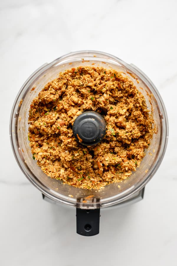 chickpea veggie burger mix in a food processor
