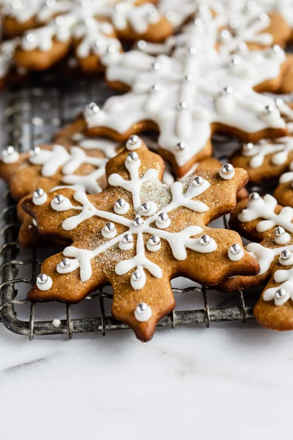 a snowflake shaped gingerbread cookie