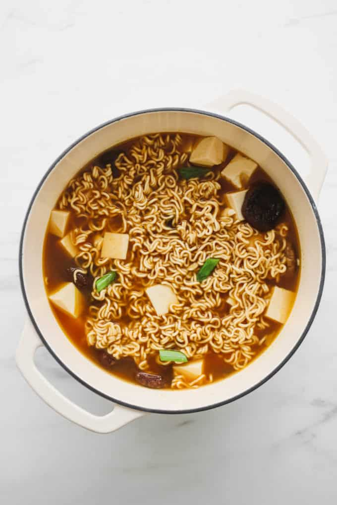 Vegan ramen in a white pot
